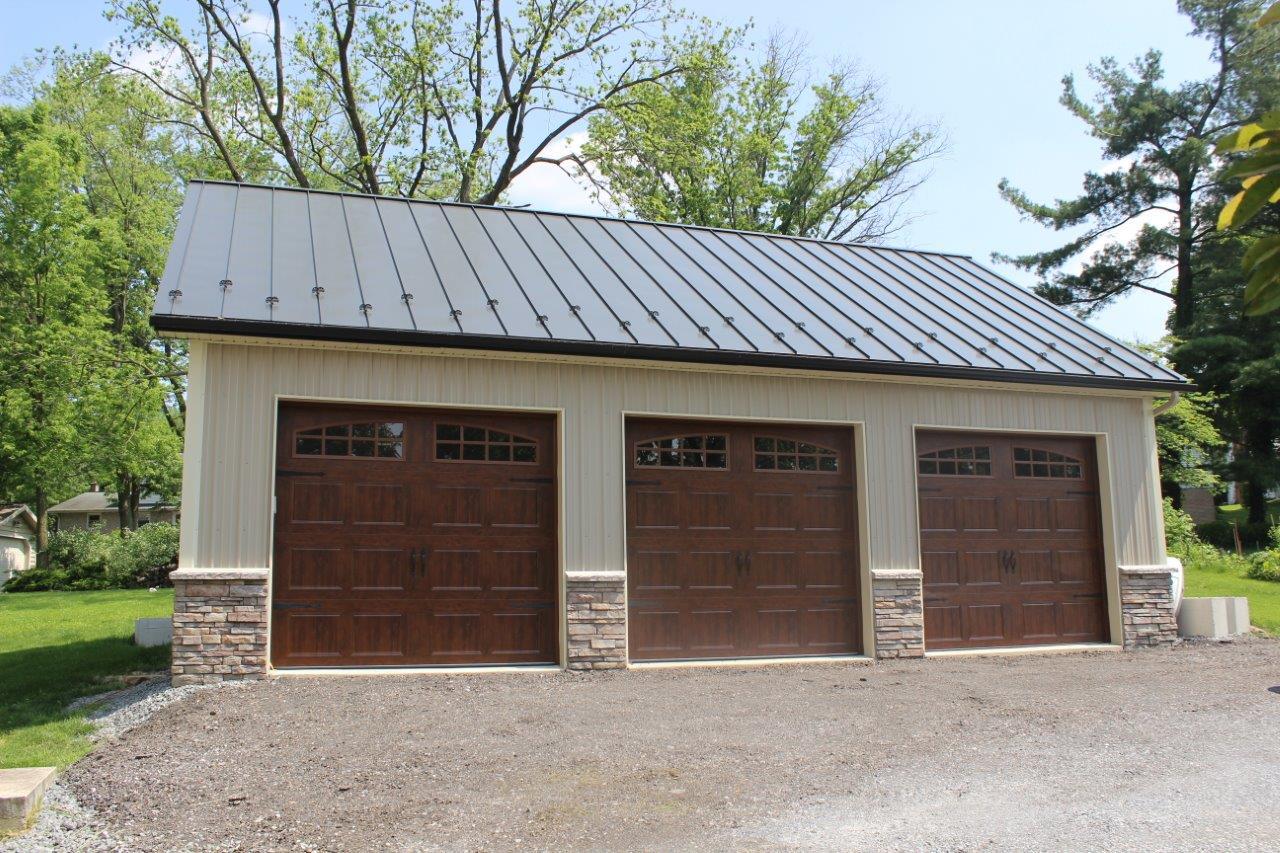 Barn Doors for Sale   Best Custom Glass & Wood Exterior Door Company