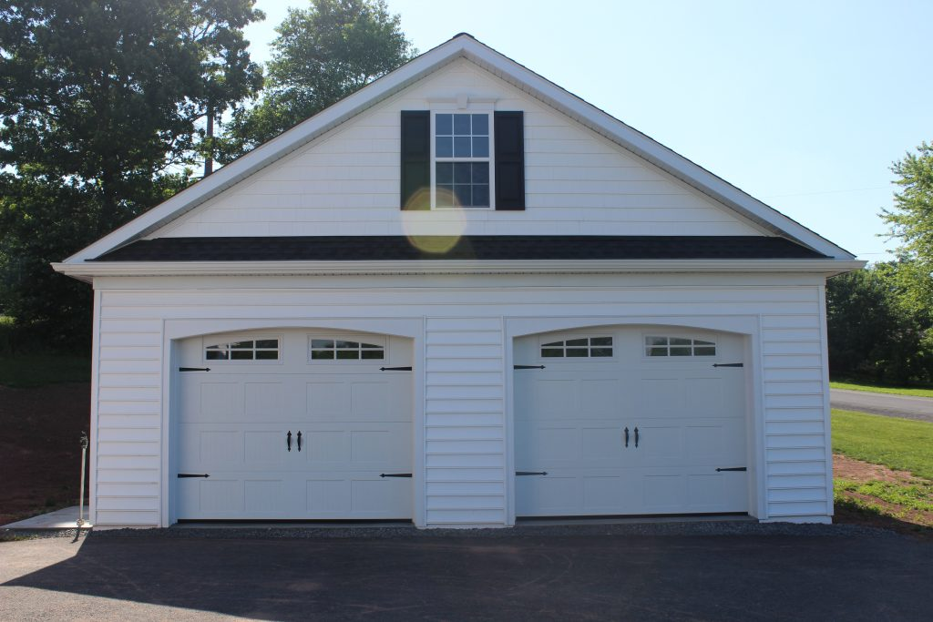 White Pole Garage by New Holland Supply