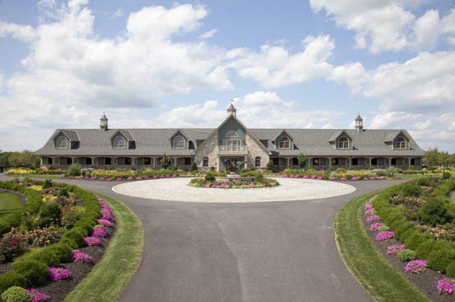 Stunning Horse Barn
