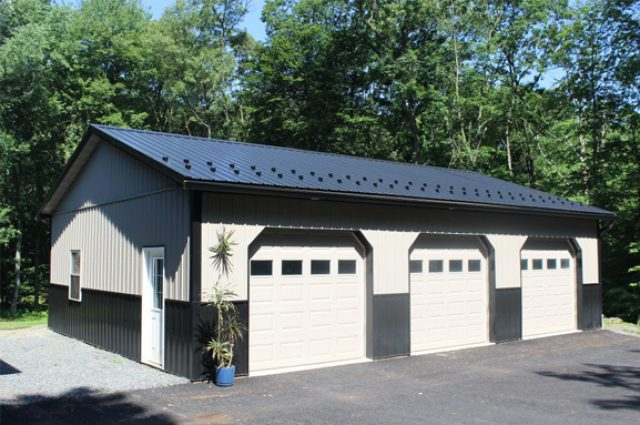 Increasing home value with large garage
